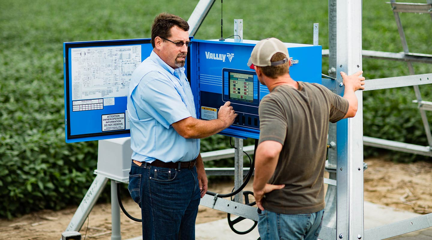 grower and dealer with smart panel